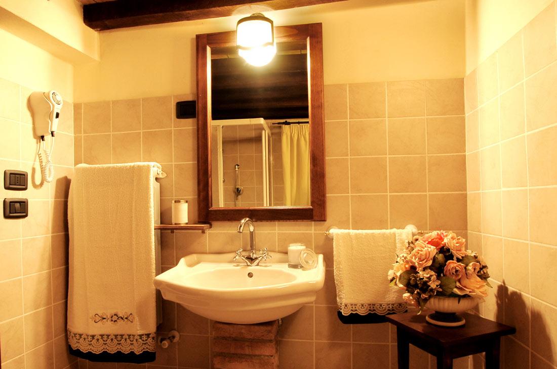 Camere con WiFi gratuita e aria condizionata in Umbria al Grand Relais ...